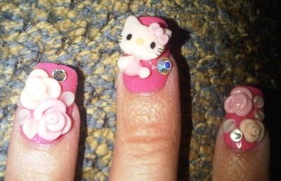 hello kitty fake nails