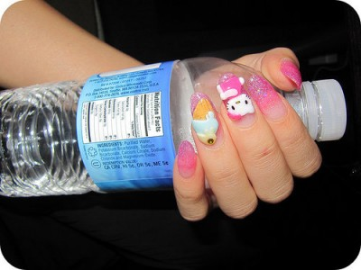 Hello Kitty finger nails