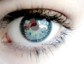 Hello Kitty contact lenses for eyes