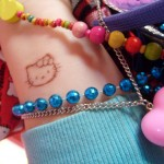 Hello Kitty scab