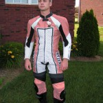 hello-kitty-motocycle-racing-leathers