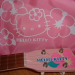 hello-kitty-ukulele-2