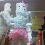hello-kitty-pinata