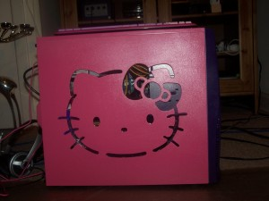 Hello Kitty computer case mod