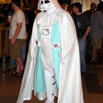 hello-kitty-darth-vader-costume-comicon