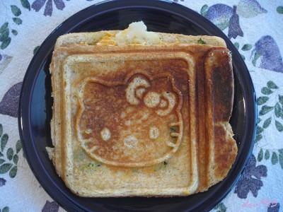 Hello Kitty fried egg lunch sandwich