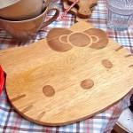 hello-kitty-cutting-board
