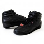 hello kitty reebok black