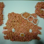 hello-kitty-rice-krispie-cake