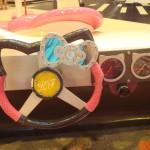 hello-kitty-steering-wheel