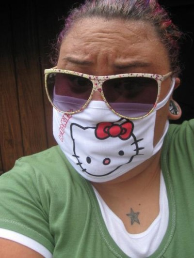 Hello Kitty H1N1 flu mask