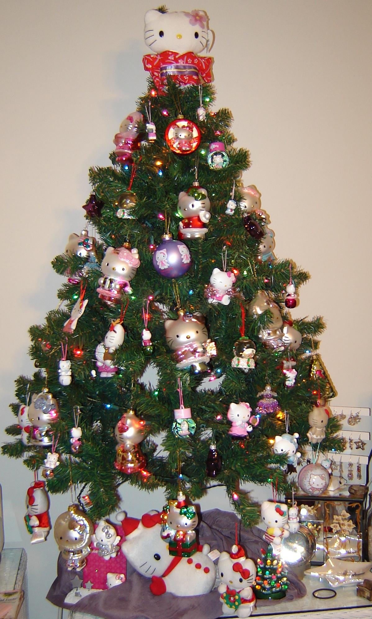 Hello Kitty Christmas Tree Home