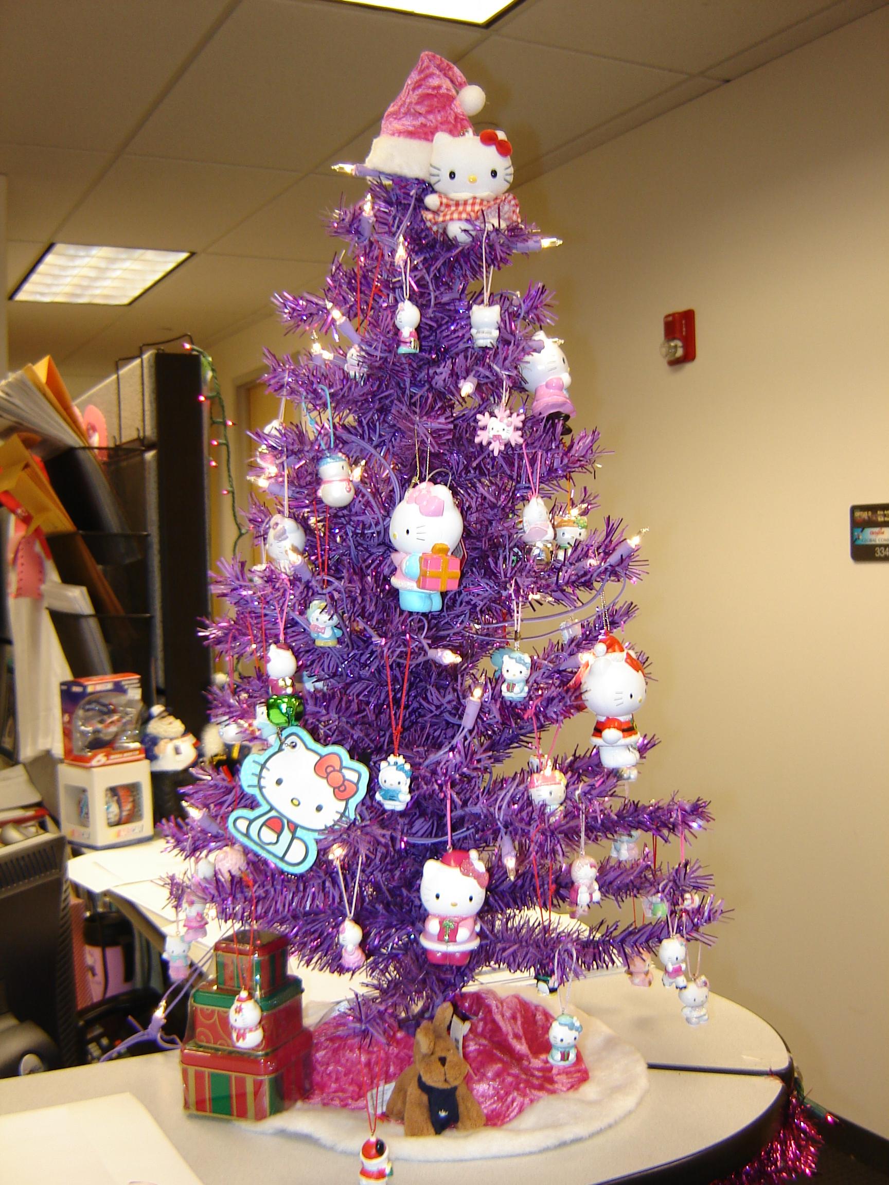 Hello Kitty Xmas Tree Purple