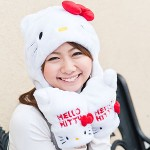 hello kitty hat and mittens white