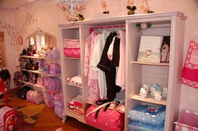 Hello Kitty store in Italy