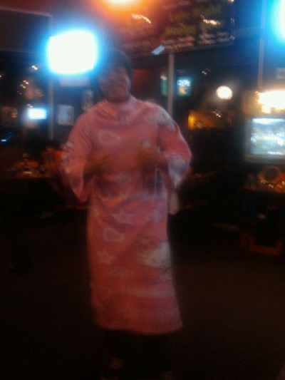 hello kitty nightclub snuggie