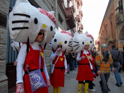 hello kitty costumes