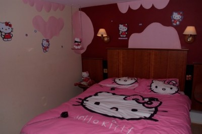 hello kitty S&M room
