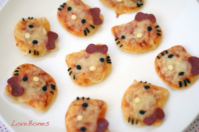hello kitty pizza minis