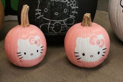 hello kitty face pumpkins