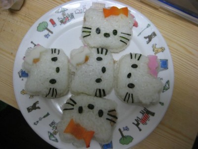 hello kitty onigiri rice balls