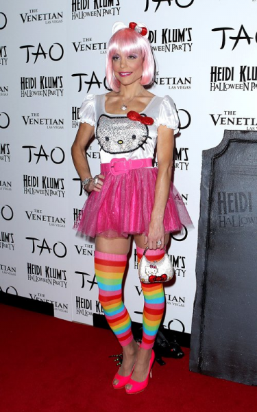 Bethenny Frankel Hello Kitty Halloween costume