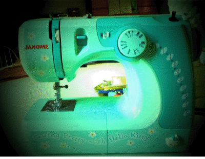 The Hello Kitty janome sewing machine that Zooey Deschanel owns