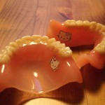 hello kitty dentures