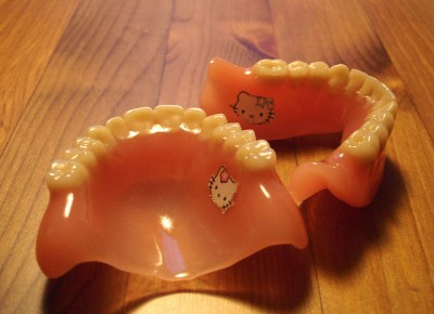 Hello Kitty fake teeth dentures false tooth