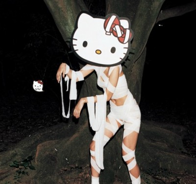 Hello Kitty Halloween mummy cosplay