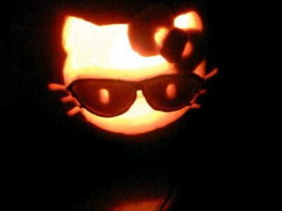 Hello Kitty Halloween pumpkin jack o lantern with sunglasses