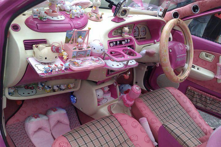 car interior hello kitty hell. Black Bedroom Furniture Sets. Home Design Ideas