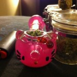 hello kitty pot pipe