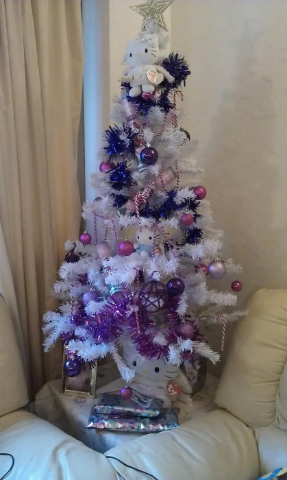 Hello Kitty Christmas tree purple