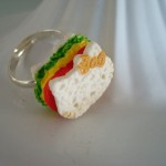 hello kitty sandwich ring