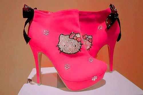 Hello Kitty pink boot heels